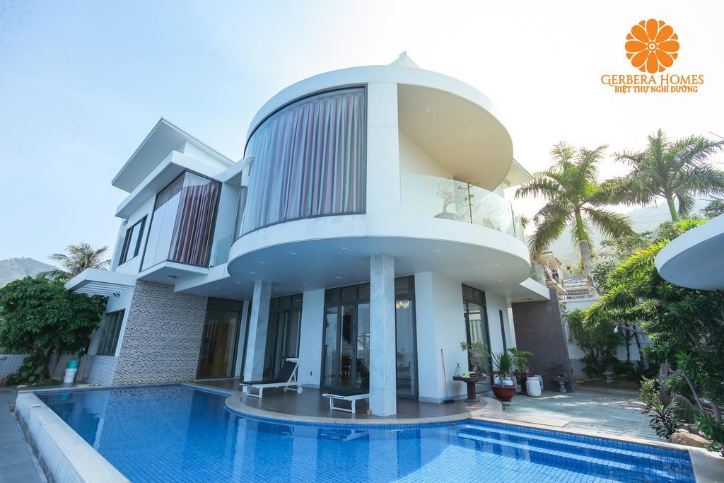 Villa Luxury Front Beach Vũng Tàu