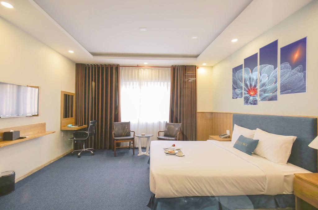 Blue Sky Hotel Hcm